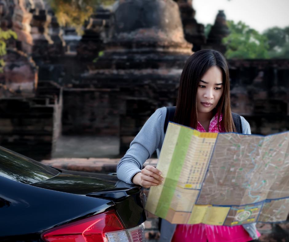 vendo mapa turistico segurança para viajar sozinha